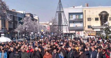 Винарите бараат уште пониски цени додека Владата молчи, лозарите ќе протестираат