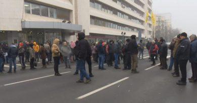 Пазарџиите повторно на протести