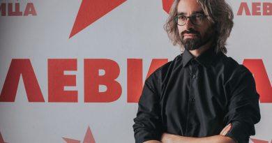 Апасиев со повик до Албанците: Сега е моментот да застанете до нас