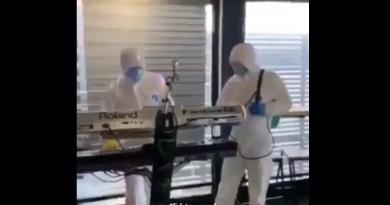 (Видео) Кога можат пратениците во скафандери – зошто не и музичарите